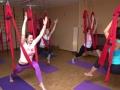 Йога в гамаках Шанти